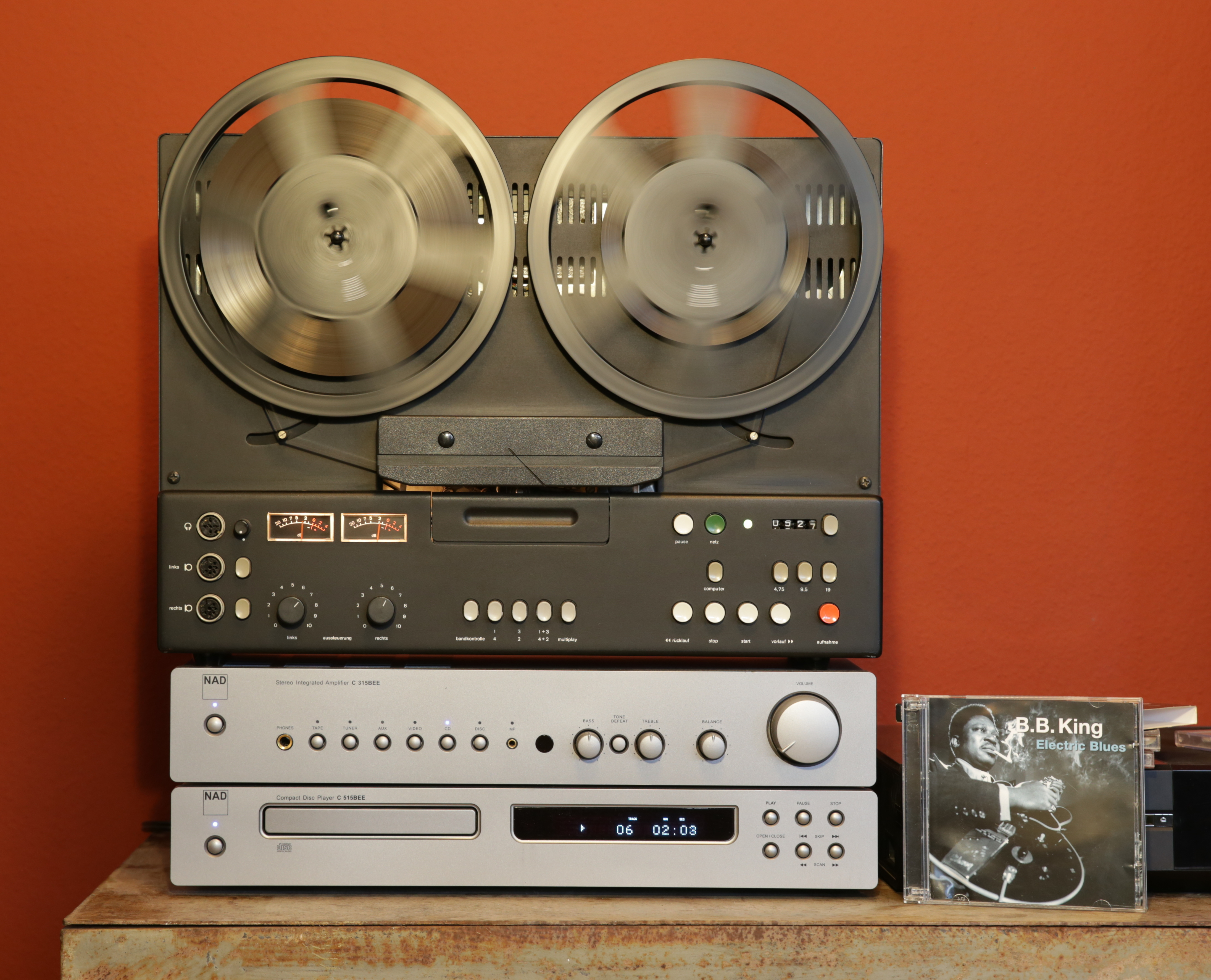 Das Braun TG 1020/4 mit Braun TB 1025 während der Aufnahme von CD